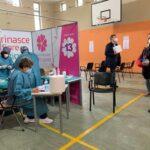 """Vaccini Anticovid, da oggi per la fascia 79-60 anni solo vaccinazioni con adesione su """"La Puglia ti vaccina"""", stop a procedura a sportello"""