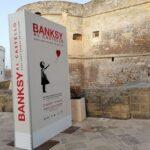 """Banksy """"sbarca"""" in Salento: in mostra al Castello Aragonese di Otranto per tutta l'estate"""